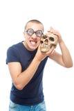 Nerd en schedel stock fotografie