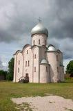 Nereditsa kyrka Ryssland veliky novgorod för antagandeauktionkyrka Royaltyfri Foto
