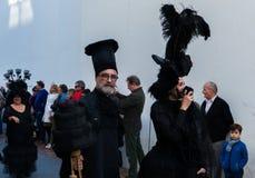 NERJA, ESPANHA - 11 de fevereiro de 2018 pessoa nos trajes que comemora Fotos de Stock Royalty Free