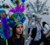 NERJA, ESPANHA - 11 de fevereiro de 2018 pessoa nos trajes que comemora Imagens de Stock Royalty Free