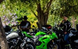 NERJA, SPAGNA - 10 giugno 2018 raduno del motociclo nel Anda famoso fotografia stock