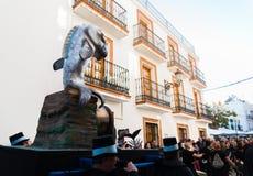 NERJA, SPANJE - FEBRUARI 11, 2018People in kostuums het vieren stock afbeeldingen