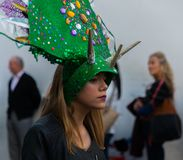 NERJA, SPANJE - FEBRUARI 11, 2018People in kostuums het vieren royalty-vrije stock foto