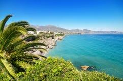 Nerja strand, berömd touristic stad i costa del solenoid, MÃ-¡ laga, Spanien Fotografering för Bildbyråer