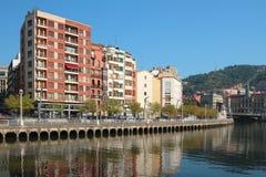 Nervion rzeki bulwar bilbao Hiszpanii obrazy royalty free