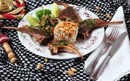 Nervures d'agneau. Cuisine du Moyen-Orient Image libre de droits