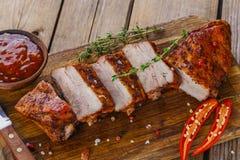 Nervures de porc cuites au four photo libre de droits