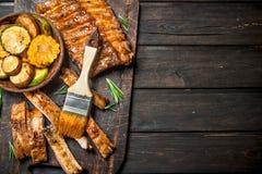 Nervures et légumes grillés image stock