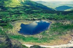 Nesamovyte山湖在乌克兰 免版税库存图片