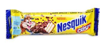 Nesquik酥脆巧克力糖酒吧 图库摄影