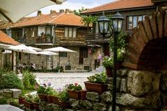 Nessebar, Bulgária, o 12 de junho de 2014: a área central da cidade foto de stock royalty free