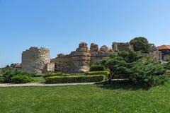 NESSEBAR, BULGARIA - 30 LUGLIO 2014: Rovine antiche nella città di Nessebar, Bulgaria Fotografia Stock