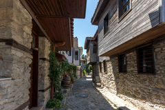 NESSEBAR, BULGARIA - 30 LUGLIO 2014: Steet in vecchia città di Nessebar, Bulgaria Immagini Stock
