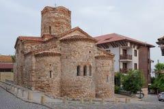 NESSEBAR BULGARIEN, JUNY 20, 2016: religiösa byggnader av den olika faithsstaden av Nessebar Arkivbild