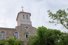 NESSEBAR BULGARIEN, JUNY 20, 2016: religiösa byggnader av den olika faithsstaden av Nessebar Arkivfoto