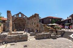 NESSEBAR, BULGARIJE - 30 JULI 2014: Oude Kerk van Heilige Sofia in de stad van Nessebar, Bulgarije Royalty-vrije Stock Foto