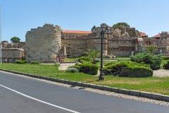NESSEBAR, BULGARIJE - 30 JULI 2014: Oude ruïnes in de stad van Nessebar, Bulgarije Royalty-vrije Stock Afbeelding