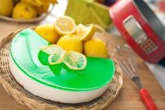 Nessun cuocia Ricotta & la torta di formaggio del limone Immagini Stock Libere da Diritti