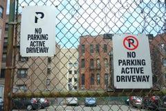 Nessun segni di parcheggio Fotografia Stock