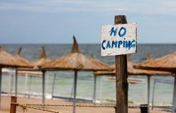 Nessun segno di campeggio Immagini Stock