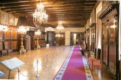 NESVIZH, BIELORRÚSSIA - 20 de maio de 2017: Detalhes e elementos do interior de um castelo medieval em Nesvizh Imagem de Stock Royalty Free