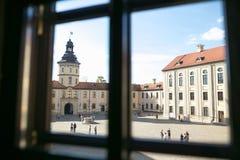 NESVIZH, BIELORRUSIA - 20 de mayo de 2017: Detalles y elementos del interior de un castillo medieval en Nesvizh Foto de archivo