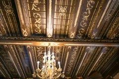 NESVIZH, BIELORRUSIA - 20 de mayo de 2017: Detalles y elementos del interior de un castillo medieval en Nesvizh Fotografía de archivo libre de regalías