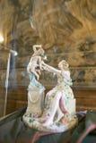 NESVIZH, BIELORRUSIA - 20 de mayo de 2017: Detalles y elementos del interior de un castillo medieval en Nesvizh Imagen de archivo libre de regalías