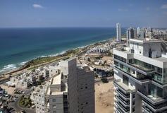 Netanya Israel, sikt av det nya moderna området Arkivbild