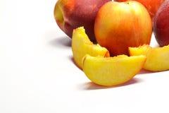 Netarines suculentos cortados Imagem de Stock