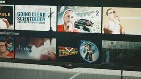 Netflix APP sur l'atterrisseur Smart TV banque de vidéos