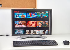 Netflix plats på PC royaltyfria bilder