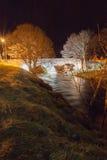 Nethy-Brücke bis zum Nacht Stockfotos