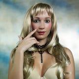 Nette blonde Dame Lizenzfreie Stockbilder