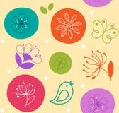 Nette Blume, Vogel und Schmetterling des bunten nahtlosen Musters auf Kreisen Lizenzfreie Stockfotografie