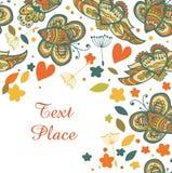 Nette Blumenschablone für Design. Ursprüngliche Karte mit Platz für Ihren Text. Fahne mit Schmetterlingen und Fliegenherzen stock abbildung