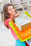 Nette Dame With Shopping Bags Lizenzfreies Stockfoto