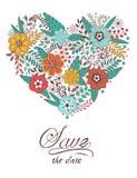 Nette Herzform gemacht von den Blumen und von den Blättern Lizenzfreie Stockfotos