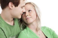 Nette junge Paare lizenzfreie stockfotografie