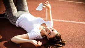 Nette Körperdank Übungen lizenzfreies stockbild