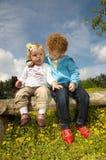 Nette Kinder in der Liebe Lizenzfreie Stockfotografie