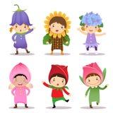 Nette Kinder, die Blumenkostüme tragen vektor abbildung