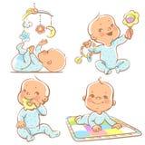 Nette kleine Babys mit verschiedenen Spielwaren Lizenzfreie Stockfotografie