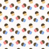 Nette kleine Kuchen mit Schokoladensplittern Stockfotografie