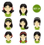 Nette kleine Mädchen mit dem dunklen Haar und verschiedener Frisur lizenzfreie abbildung
