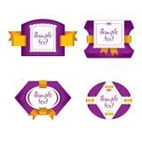 Nette Purpuraufkleber mit goldenen Bändern stockbilder