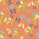 Nette Schneeglöckchen und nahtloses Vektormuster der Schmetterlinge Stockfotos