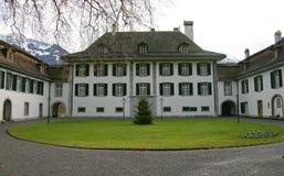 Nette Schweizer Villa 1 Stockfotos