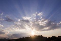 Nette Sonnenunterganglandschaft Basilikata Stockfoto