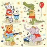 Nette Tiere, die Musik - Zebra, Krokodil, Tiger, Elefant spielen Stockbild